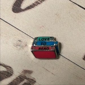 Origami Owl | Stack of Books Charm